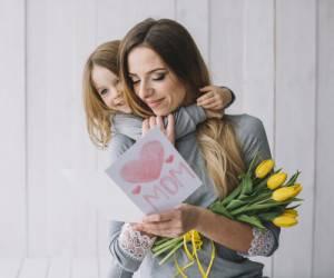 تبریک اولین سال روز مادر